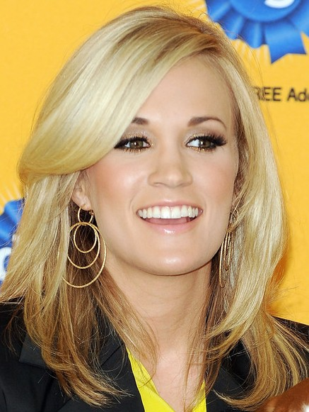 Carrie Underwood layered hairstyle
