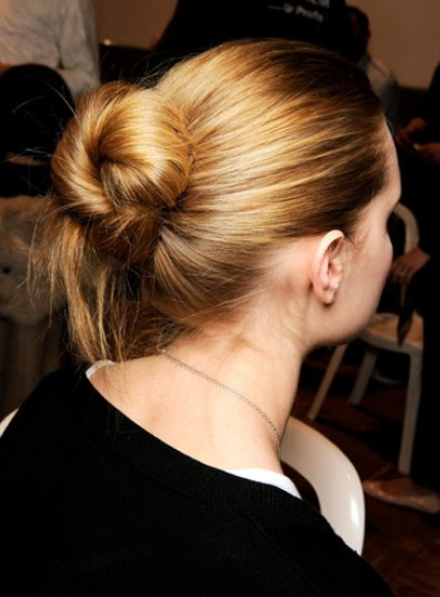 Classy Simple Feminine Updo For Women The Bun Hairstyles