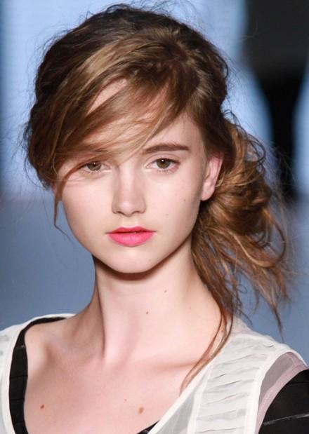 Super Classy Simple Feminine Updo For Women The Bun Hairstyles Short Hairstyles Gunalazisus