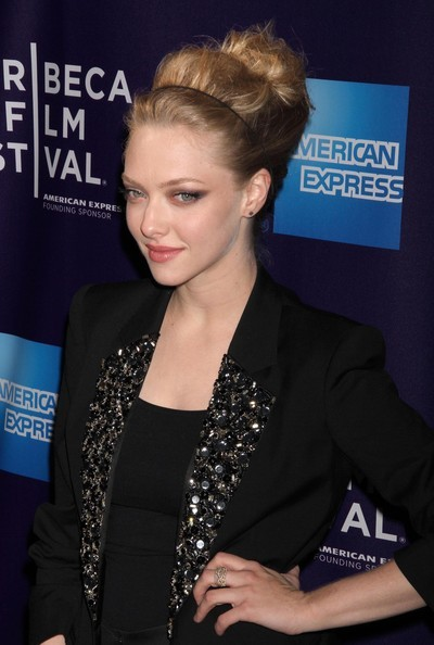 Amanda Seyfried wedding updo