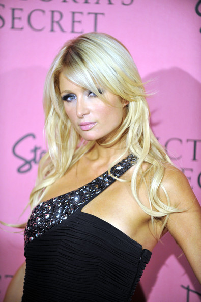 Modern Long Wavy Hairstyle from Paris Hilton in Victoria