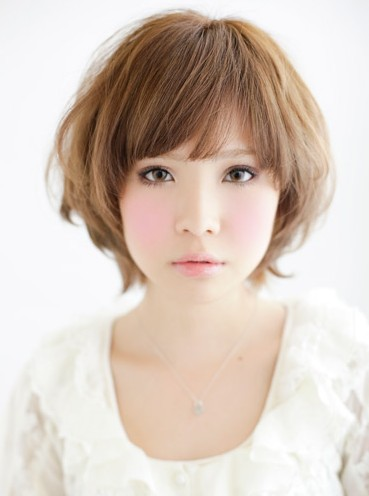 Picture of 2013 Short Asian Hairstyle for Women :