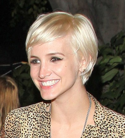 Ashlee Simpson Reviews All Her Past Hairstyles | InStyle.com