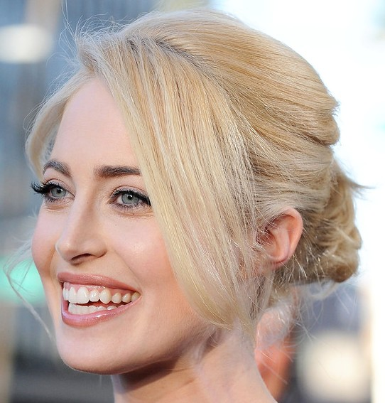Charlotte Sullivan Twisted Bun With Bangs