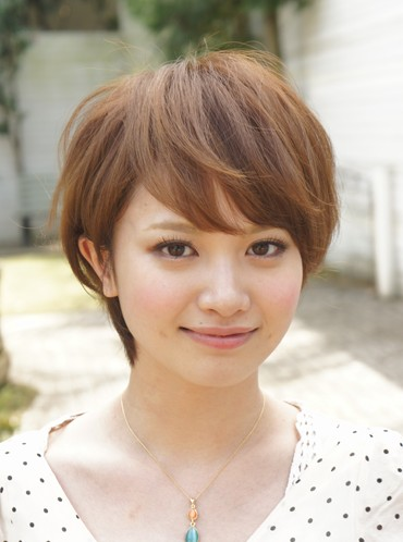 Cute Japanese Hairstyle with bangs - Hairstyles Weekly