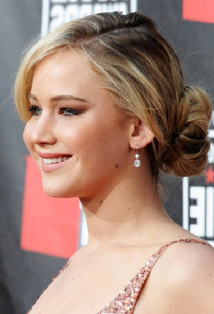 Prom Hairstyles Updos 2012 Cute Simple Updos For Long Hairwomen ...