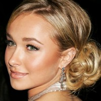 Hayden Panettiere Beautiful Chignon Hairstyle
