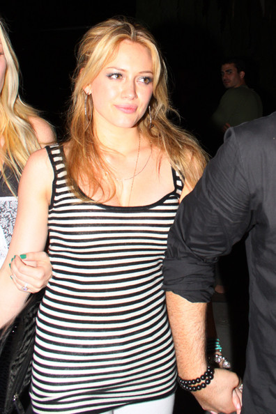 Hilary Duff Long Curly Haircut