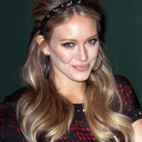 Hilary Duff Long Retro Hairstyle with Headband