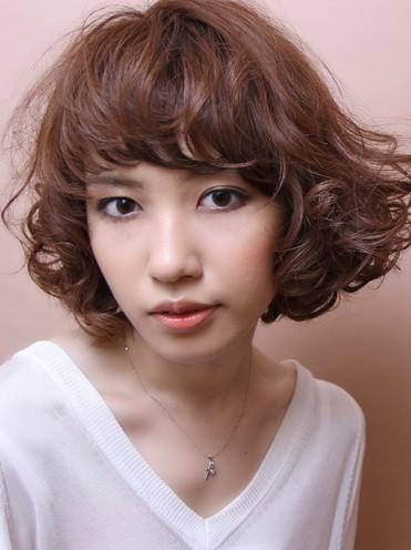 Japanese Wavy Hairstyle