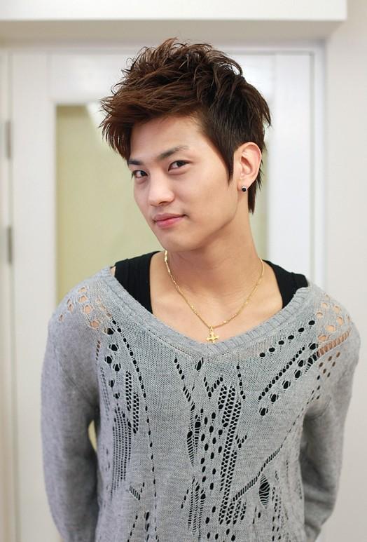Korean Hairstyles For Guys Hairstyles Weekly