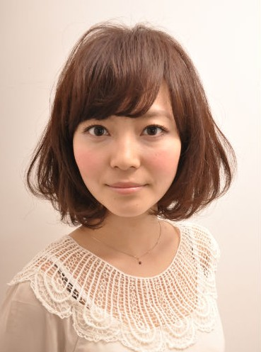Popular Short Japanese Hairstyle for Women