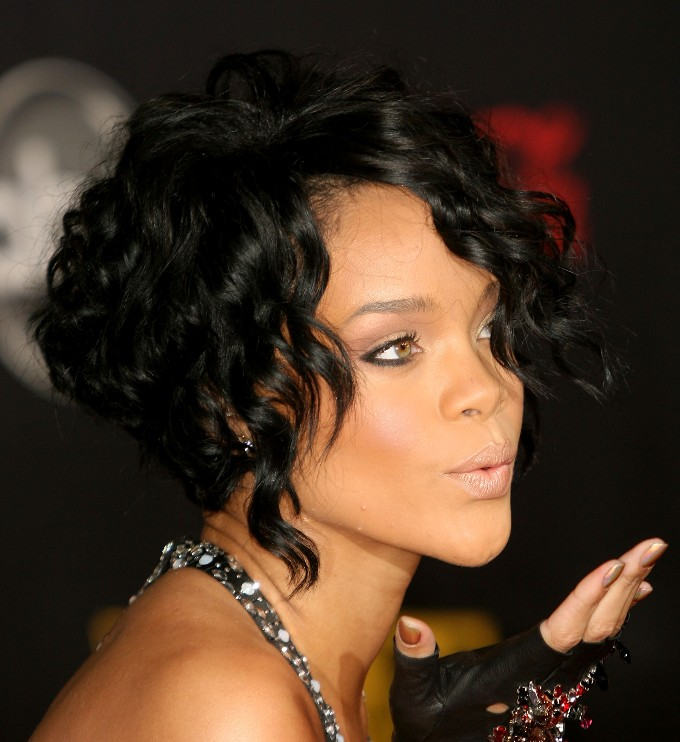 Rihanna Black Curly Bob Hairstyle - Hairstyles Weekly