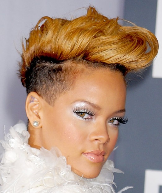 Rihanna Haircut: Short Fauxhawk Cut for Women