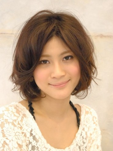 Romantic Japanese Hairstyle