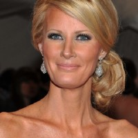 Sandra Lee Beautiful Chignon