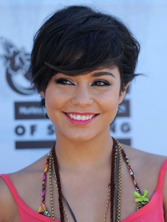 Awe Inspiring 2013 Short Black Hairstyle With Bangs Hairstyles Weekly Short Hairstyles For Black Women Fulllsitofus