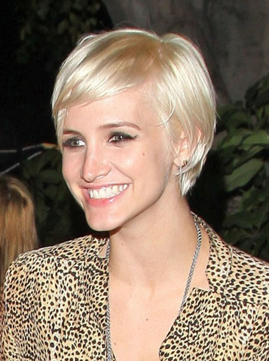 Short Blonde Hairstyle for Women