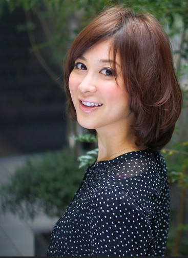 Short Haircut for Mature Women