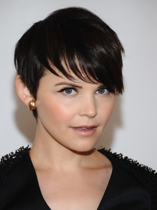 Ginnifer Goodwin Cute Short Straight Hairstyle