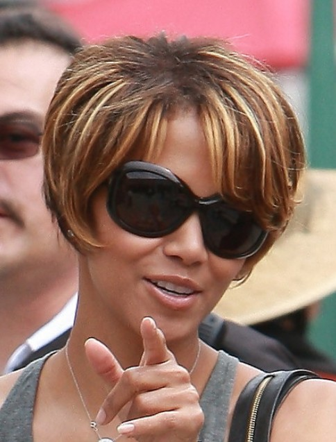 Stylish Bob Haircut for Women