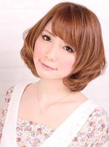 Sweet Short Japanese Hairstyle
