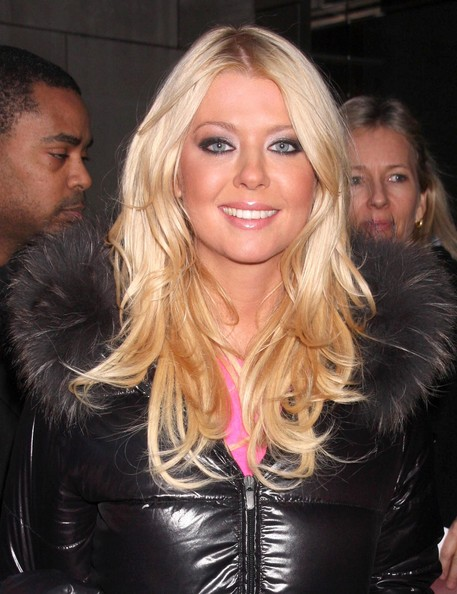 Tara Reid Long hairstyle for winter