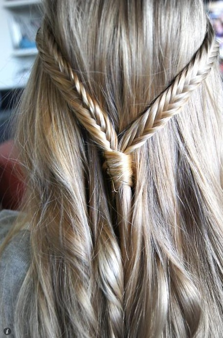Fishtail Braid - Hairstyles Weekly