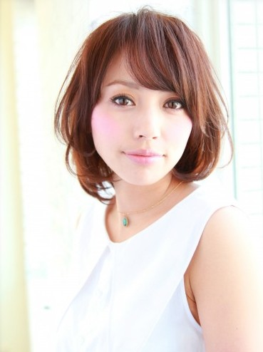 Trendy Short Japanese Haircut for Women