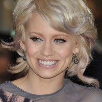Wavy Hairstyles for mature women