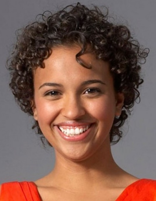 Short curly hairstyles for black woman - Hairstyles Weekly