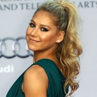 Anna Kournikova Curly High Ponytail Hairstyle