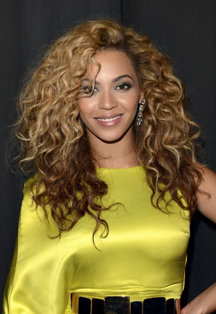 Beyonce Knowles Curly Hairstyles