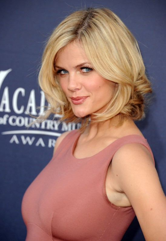 Brooklyn Decker Sexy short bob haircut with curls