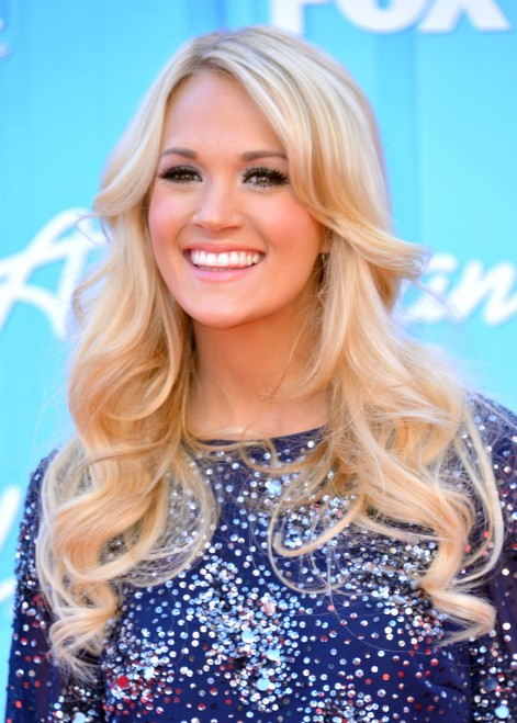 Carrie Underwood Long Blonde Curly Hairstyle For Prom Hairstyles