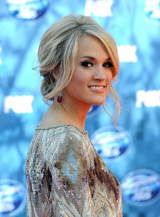 Carrie Underwood Simple Loose Messy Updo Hairstyles Weekly