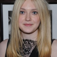 Dakota Fanning Center Part Hairstyles 2013
