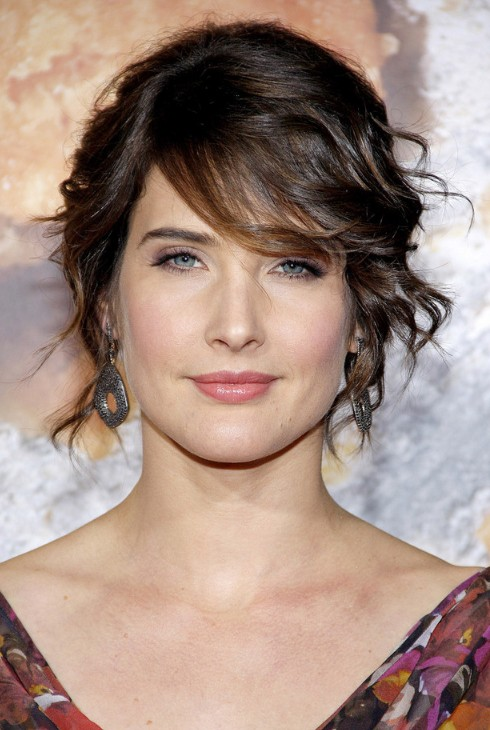 Hairstyles 2013: Cobie Smulders Messy Hairstyle with Side Bangs