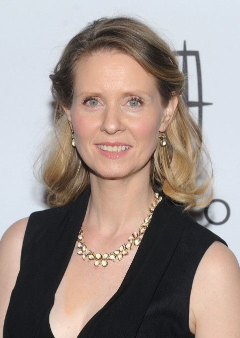 Cynthia Nixon Half Up Half Down for Older Women