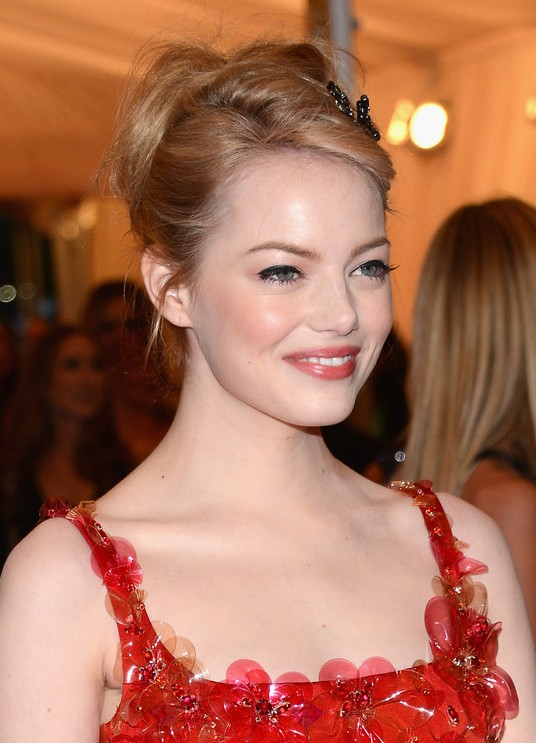 Emma Stone Beautiful Updo Hairstyle For Homecoming From