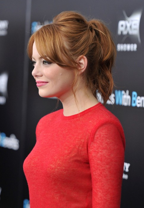 Emma Stone Messy Loose Ponytail With Bangs Hairstyles Weekly