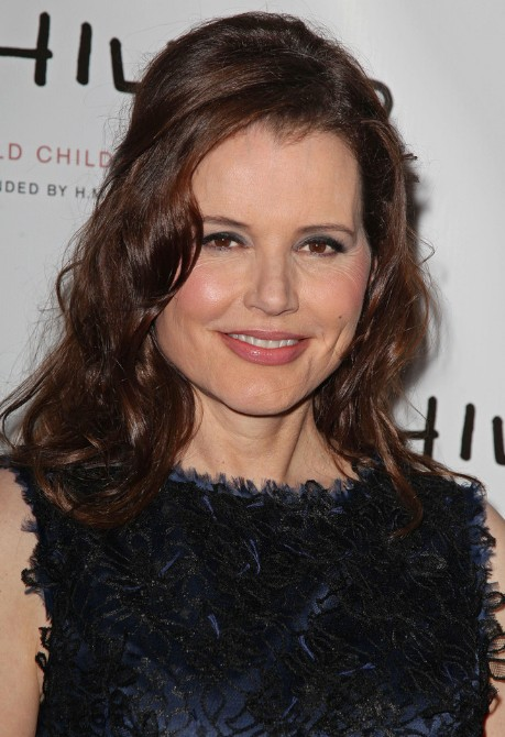 Geena Davis Long Wavy Half Up Hairstyles for Women Over 50