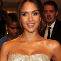 Jessica Alba Center Parted Hairstyle