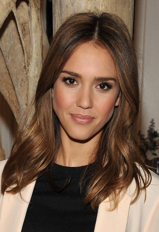 Jessica Alba Long Wavy Hairstyle Hairstyles Weekly