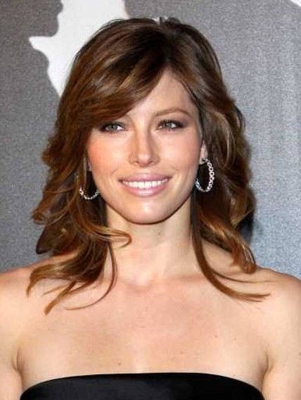 Hair Style Idea Medium Length Wavy Hairstyles