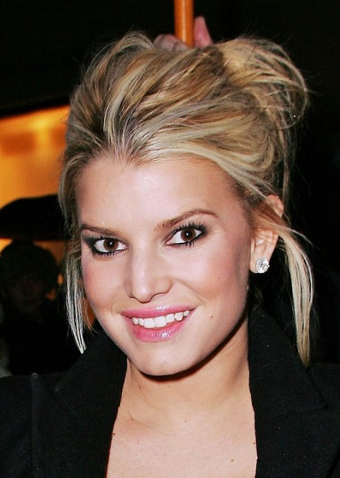 Jessica Simpson Hair Knot - Popular Knot Hairstyle for Women