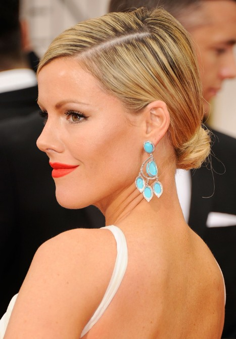 Kathleen Robertson Low Bun Updo Hairstyle for Medium Hair