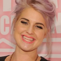 Kelly Osbourne Cute Casual Messy Updo