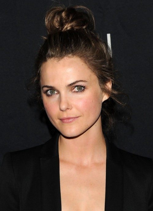 Keri Russell Messy Bun Updo Hairstyle For Long Hair