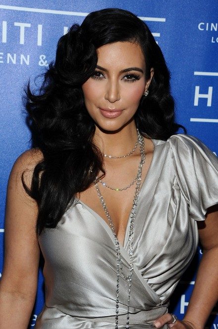 Terrific Kim Kardashian Curly Black Hairstyle For Long Hair Hairstyles Weekly Hairstyle Inspiration Daily Dogsangcom